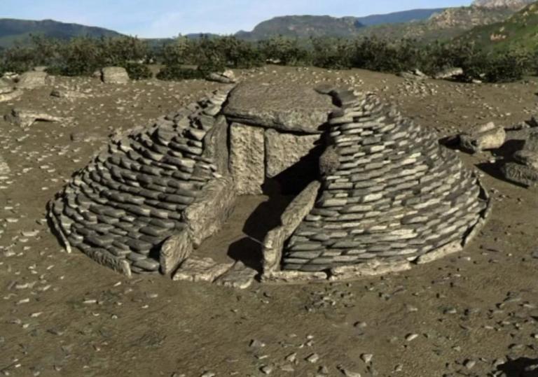 "Dolmen ""La Casa di l'Orcu"" (France, Corse, Monte Revincu)"