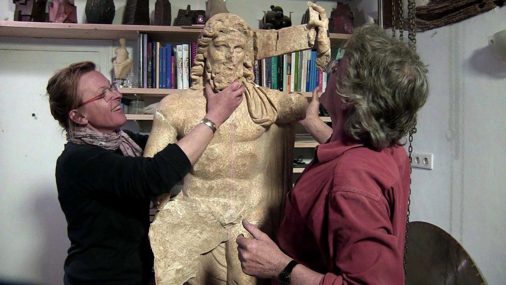 Restauration de la statue de Neptune - musée de la Romanité de Nîmes