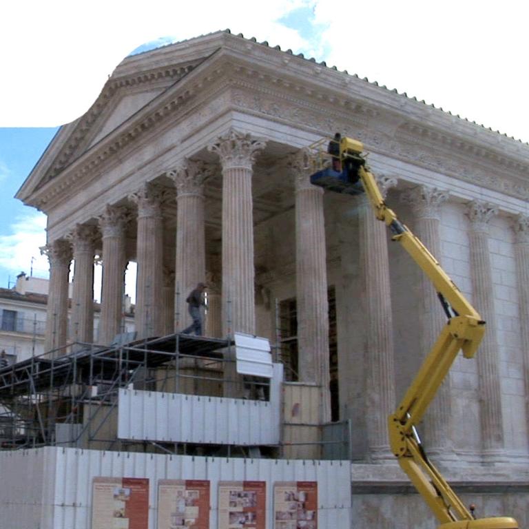 La restauration de la Maison Carrée à Nîmes